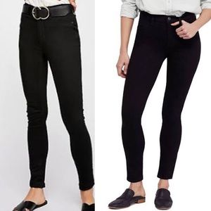 Free People Black Long and Lean Jegging Size 31